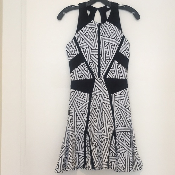 Parker Dresses & Skirts - NEW Parker Black & White Mini Dress XS